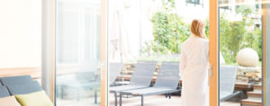 Wellnessbereich Weinlandhof Wellness Massage Whirlpool Sauna